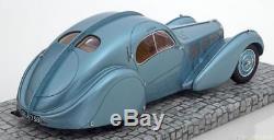 118 Minichamps Bugatti Type 57 SC Atlantic 1936 lightblue-metallic