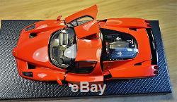 1/18 Bbr Ferrari Enzo-pope Edition. Ltd Ed No 268 Of 399 Pieces. Code He180031