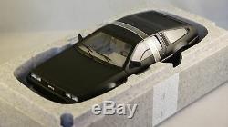 AUTOART 79912 De Lorean DMC 12 1981 Noir Matt Delorean 1/18