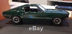 AUTOart 1/18 FORD MUSTANG GT390 Steve McQueen BULLIT 72811 GREEN
