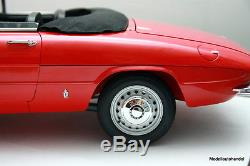 Alfa Romeo 1600 Duetto Spider 1966 rot 18 Whitebox (ähn. Wie Pocher) NEU