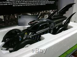 BATMOBILE BATMAN FOREVER 1995 noir 1/18 HOT WHEELS ELITE BCJ98 voiture miniature
