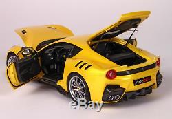 BBR BBR182100 Ferrari F12 TDF 2016 Giallo Tristrato 1/18