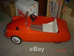 BELLE CITROEN DS auto à pédales en tôle MG Morellet Guérineau jouet ancien 60's