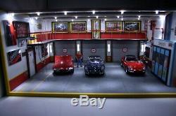 BIG Diorama scale 1/18 atelier garage Ferrari éclairage LED 64.5 x 49 x 30 cm