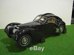 BUGATTI 57SC ATLANTIC 1938 noir black whith disc wheels au 1/18 de AUTOart 70941