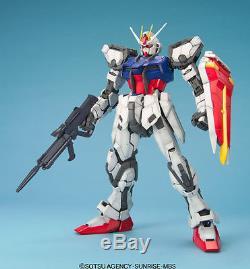 Bandai Gundam Perfect Grade PG 1/60 Strike GAT-X105 Maquette/Model Kit GPG02
