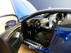 Bentley Continental GT 2018 au 1/18 de NOREV Bleu Sequin 182787