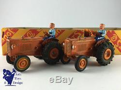 Cij 3/35 Rare Boite De 2 Tracteurs Renault Vers 1950 Modele D'epoque D'origine