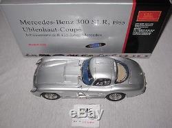 CMC Mercedes-Benz 300 SLR, Uhlenhaut Coupé, schwarzes Leder, M-088, Limitiert