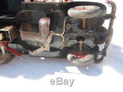 Camion Chevrolet en tôle Vebe Made in France Jouet vintage 1950 grue mécanique