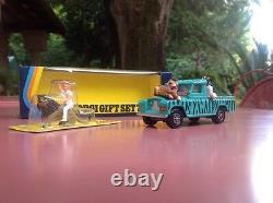 Corgi Toys gift set 7 Daktari Mint in box scarce WHIZZWHEELS version