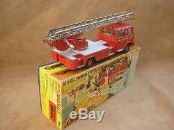 Dinky Toys Berliet Grande Échelle Incendie En Boite Originale N° 568