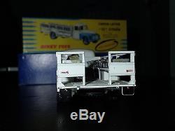 DINKY TOYS CITROEN P 55 laitier REF 586 + boite