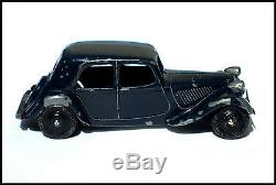 DINKY TOYS FRANCE ULTRA RARE CITROEN TRACTION 11 BL BLEU MARINE ORIGINALE 1949