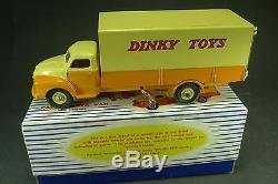 DINKY TOYS GB. BEDFORD PALLET JEKTA VAN. + Boite. REF 930