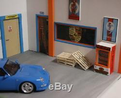 Diorama 1/18 atelier garage Porsche GULF the car