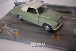 Diorama 1/18 voiture Columbo Peter Falk avec décoration scale 118