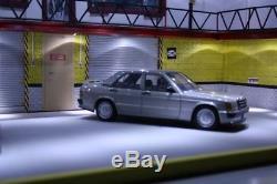 Diorama BIG garage atelier mécanique 1/18 pour 4 voitures éclairage LED
