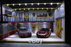 Diorama Ferrari Scuderia 1/18 atelier mécanique retro 51x30x40 cm 30x41x49.5