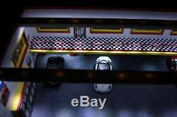 Diorama atelier garage Ferrari 1/43 49.5 x25.5 x 18.5 cm + éclairage led no car