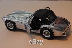 EXOTO 1-18 racing legend Shelby Cobra 260 alu capote noire 1962 Ref. RLG 18122