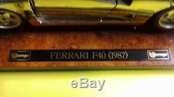 FERRARI F40 CHROME 1/18 BURAGO SERIE SPECIALE BOITE et SOCLE RARE