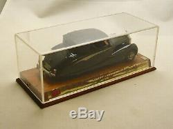 FYP Rolls Royce Silver Wraith Gulbenkian by Hooper. Modèle avec capote fermée