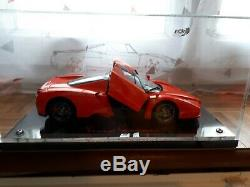 Ferrari Enzo BBR MODELS 1/18 (Couleurs SCHUMACHER)+boite vitrine BBR MODELS