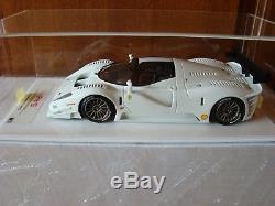 Ferrari P4/5 Competizione Apm Echelle 1/18 Blanche Limited Edition 15 Pcs