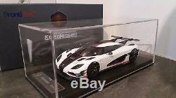 Koenigsegg agera white one1 Pebble Beach 118 F033-02B FrontiArt fronti