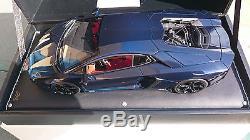 Lamborghini Aventador L700-4 Bleu Hera Au 1/18 Par Mr