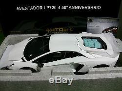 LAMBORGHINI AVENTADOR LP720-4 blanc 50th ANNIVERSAIRE 1/18 AUTOART 74683 voiture