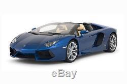 Lamborghini Aventador Roadster Trousse bleu métallique 18 Pocher