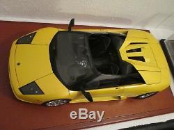 Lamborghini Murcielago Roadster Concept Yellow 1/12 Autoart New Condition