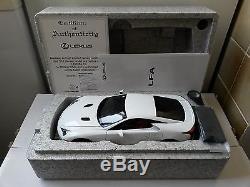 Lexus Lfa White 1st Edition 2010 Autoart 78831 1/18