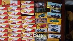 Lot de 100 voitures DINKY TOYS quelqu botes D'ORIGINE SOLIDO Neuf avec boites