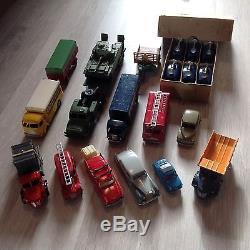 Lot Énorme De 150 Dinky Toys D Origine