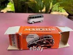 MARKLIN Volkswagen VW Combi Minibus boite near Mint in Box 5524/14Z 8014