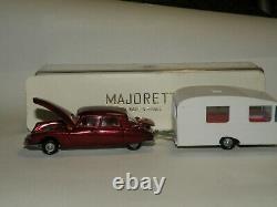 Majorette N°323 Citroen DS N°13 caravane N°15 1/55 neuf d'époque dans ça boite