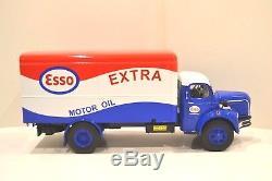 Maqmadon 1/24. Berliet GLR 8R 1957 Fourgon tôlé Esso. Réf. 4323 SL1200 ex