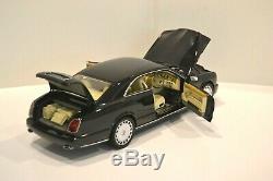 Minichamps 1/18. Bentley Brooklands 2008 coupé 2P. Noir vernis. Réf. 100 139600
