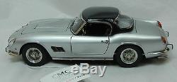 Modellauto 118 CMC Ferrari 250 GT California Spyder 1961 silber M-093