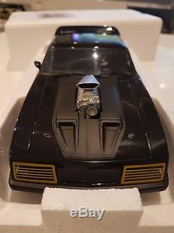 NEW Autoart 1/18 The Road warrior Mad Max 2 Interceptor Ford Falcon 72745