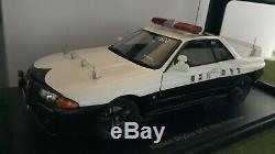 NISSAN SKYLINE GT- R R32 POLICE CAR CANAGA 1/18 AUTOart 77364 voiture miniature