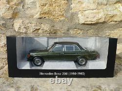 NOREV B66040654 Mercedes Benz 200 berline de 1980 W123 au 1/18 VERT CYPRESS