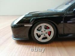 PORSCHE 911 996 TURBO 1/18 AUTOART rèf 77833