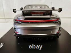 Porsche 911 GT3 (Type 992) 2021 1/18 Minichamps avec vitrine