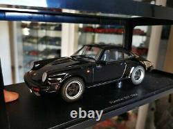 Porsche 911 Turbo 1988 Autoart 1/18