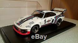 Porsche Martini 935 Exoto #1 1/18 avec boite